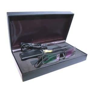 glasses_in_case__65633.1349727024.490.300
